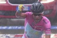 Vicenzo Nibali a câştigat joi etapa a 18-a a Turului Italiei, contratimpul individual de 20,6 kilometri, dintreMori şi Polsa, asigurându-şi practic victoria finală în ediţia 2013 a competiţiei. Italianul de […]