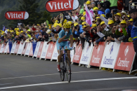 Follow Italianul Vicenzo Nibali a câştigat luni etapa a zecea a Turului Franţei şi a devenit marele favorit la câştigarea competiţiei, după ce Alberto Contador (Tinkoff Saxo) a abandonat în […]