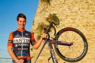 Follow Eduard Grosu a continuat şi în debutul anului 2015 seria rezultatelor foarte bune, iar în Turul San Luis, cursă desfăşurată în Argentina, a reuşit un excelent loc 5 în […]