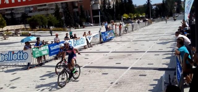 Alexandr Kuchynski (Minsk Cycling Club) a câştigat prima etapă a Turului Ţinutului Secuiesc, desfăşurată joi, pe traseul Miercurea Ciuc – Sfântu Gheorghe – Covasna – Târgu Secuiesc – Miercurea Ciuc. […]